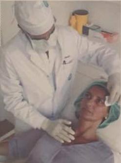 Doctor Sanchez durante intervención